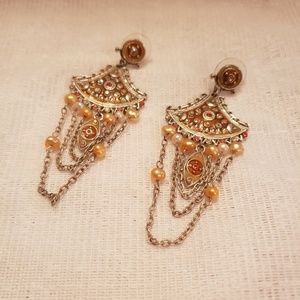 Jewelry - Gorgeous Costume Earrings